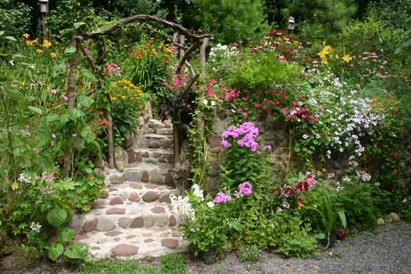 Gardens for Beautiful gardens landscaping